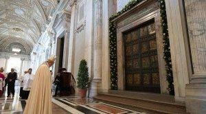 puerta santa 12